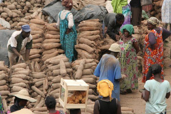 c-fakepath-kumasi_market_tour_4570